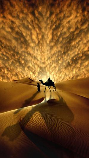 大气磅礴黄色沙漠H5背景素材
