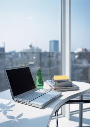 鼠标台灯办公桌办公场景背景素材